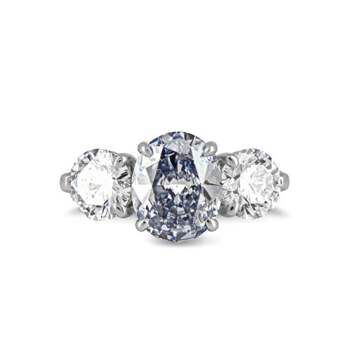 Кольцо с голубым бриллиантом на заказ