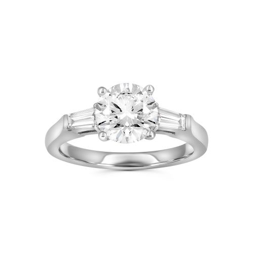 Помолвочное кольцо с тремя бриллиантами