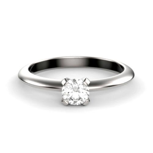 Помолвочное колечко из белого золота с бриллиантом 0,2 ct
