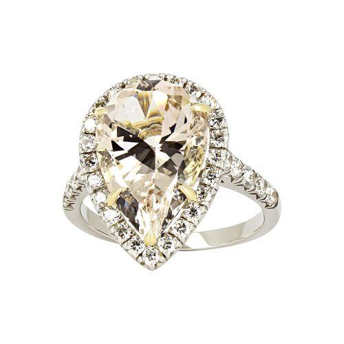 Коктейльное кольцо с бриллиантом «Груша»