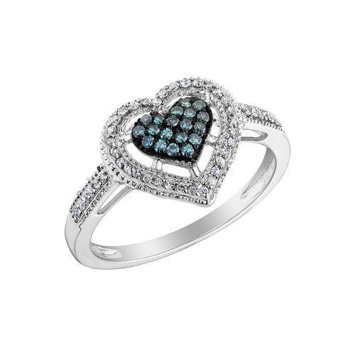 Золотое кольцо в виде сердца с бриллиантами