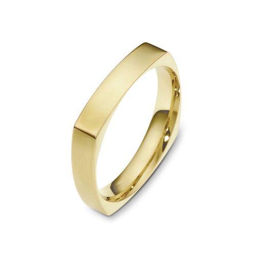 Мужское обручальное кольцо квадратной формы