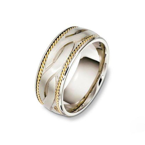 Обручальное кольцо с объемным рисунком переплетения двух дорожек