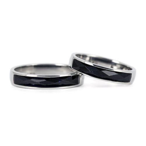 Обручальные платиновые кольца с авантюрином